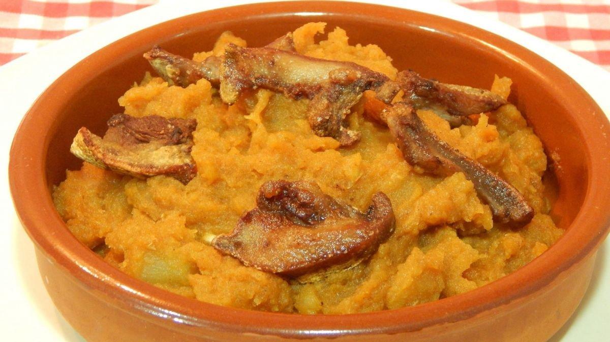 Platos típicos de Ávila: Patatas revolconas