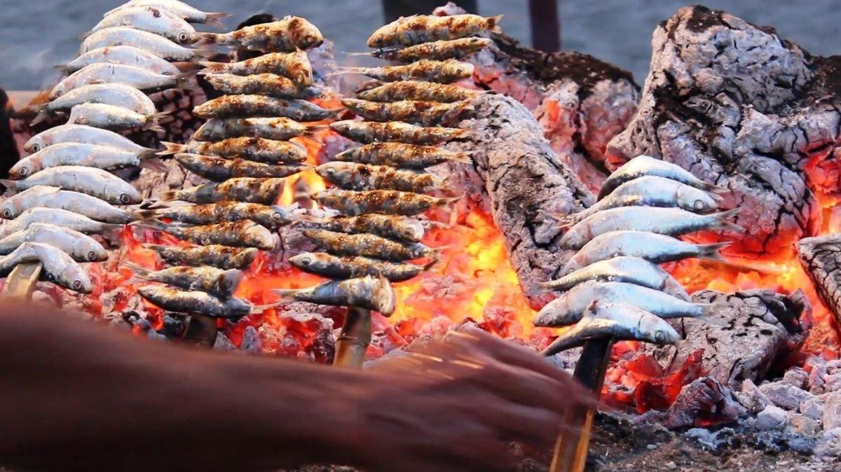 Platos típicos de Málaga: Espeto de sardinas